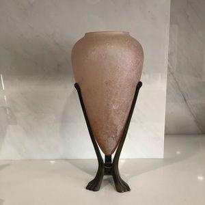 Other - Vintage vase in dusty pink hues + bronze pedestal